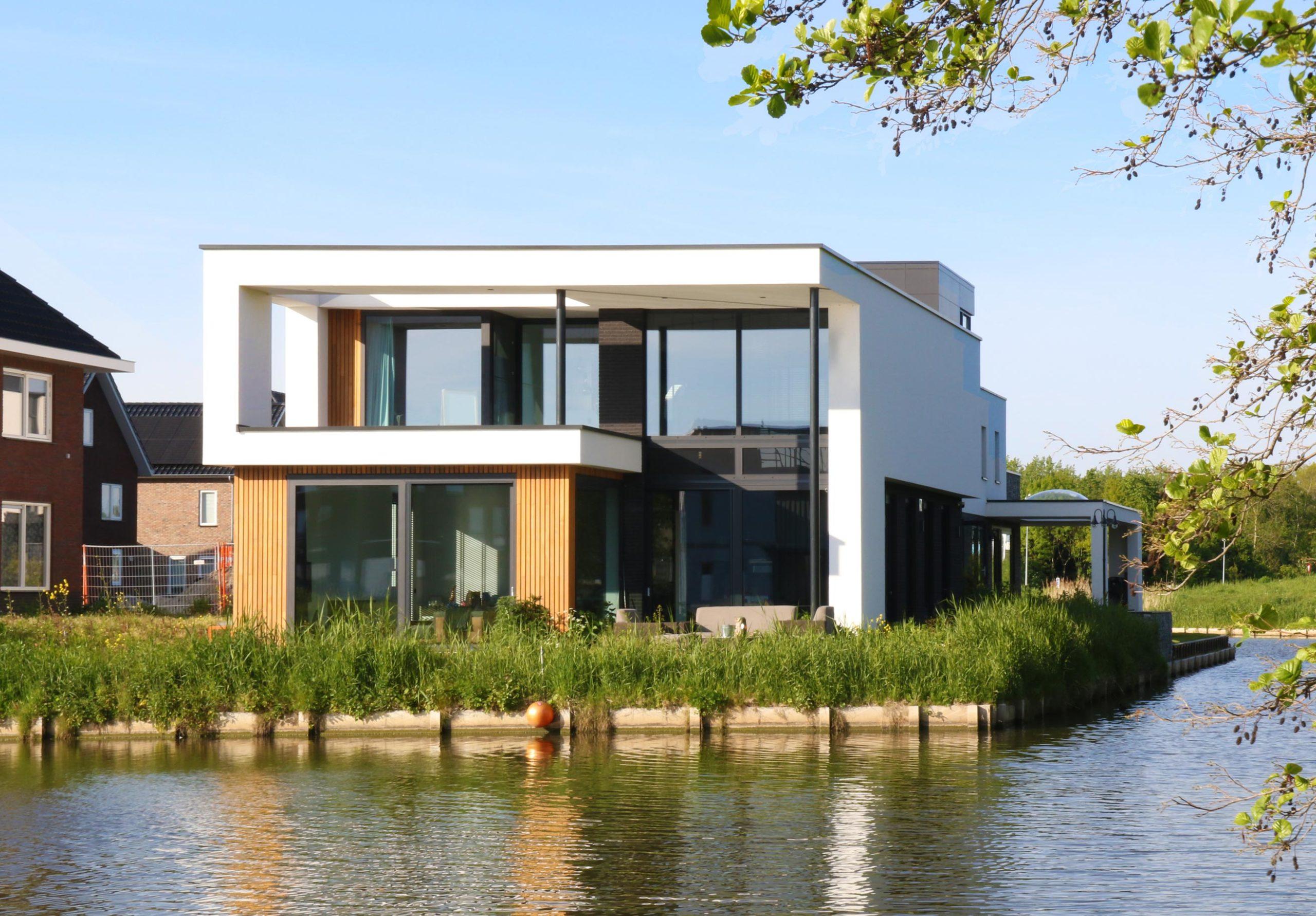 Polder villa aan het water Almere Buiten   Olof Architects